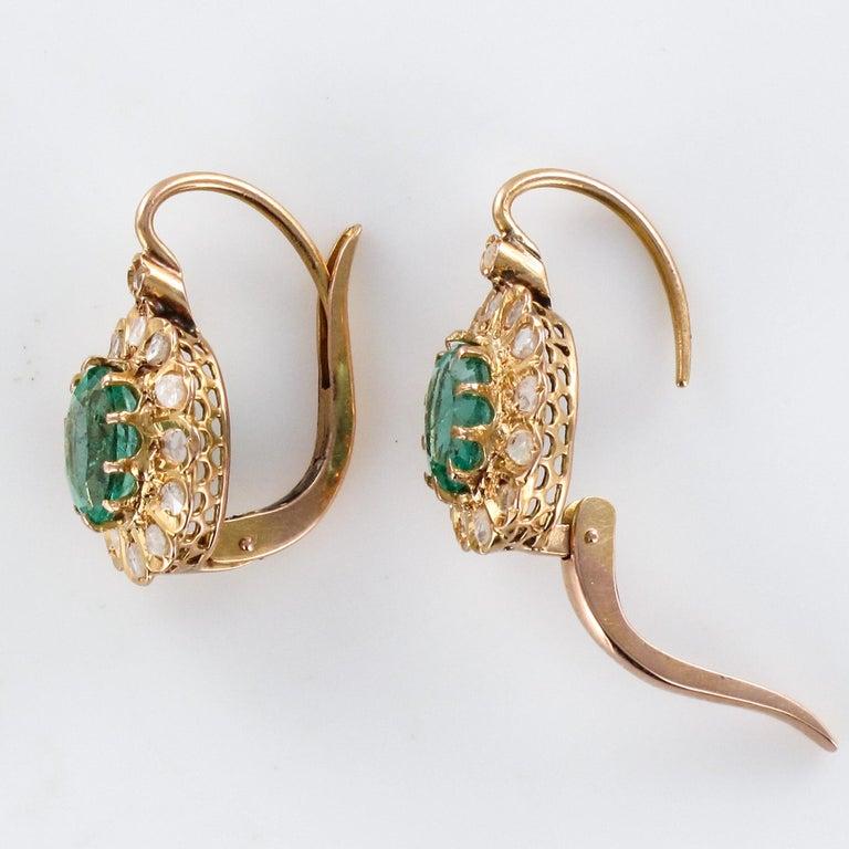 20th Century 1.52 Carat Emerald Diamond Rose Gold Drop Earrings For Sale 5