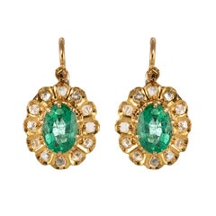 20th Century 1.52 Carat Emerald Diamond Rose Gold Drop Earrings