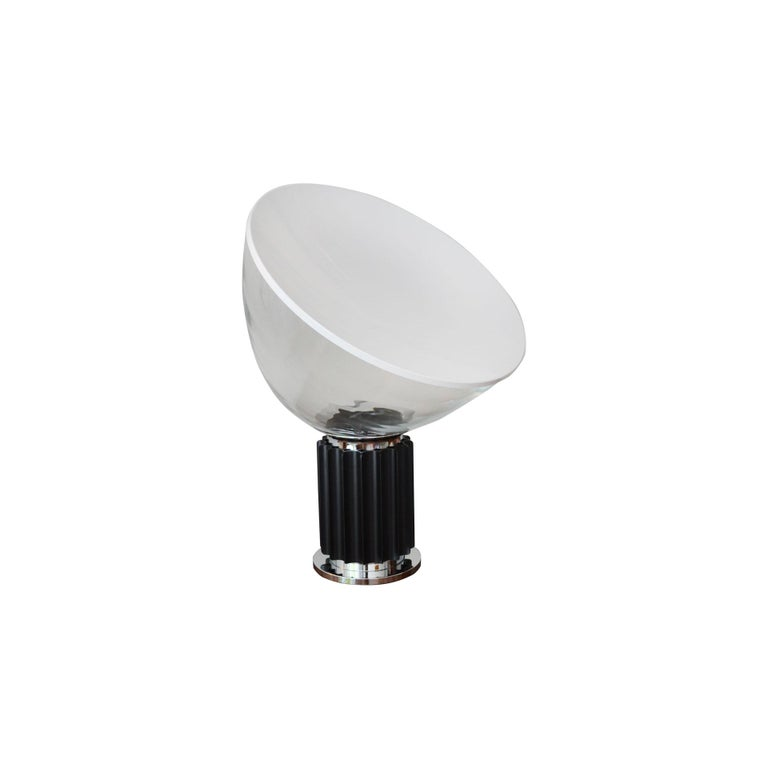 Mid-Century Modern 20th Century Achille and Pier Giacomo Castiglioni Table Lamp Taccia for Flos For Sale