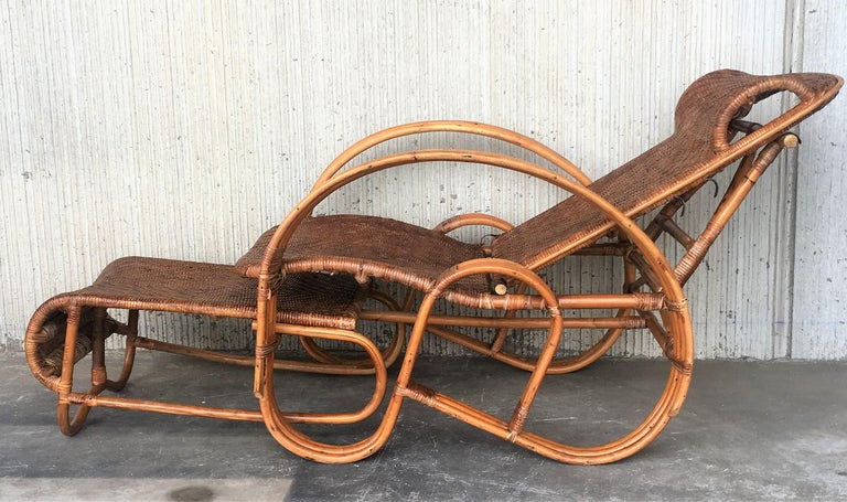 European 20th Century Adjustable Bentwood and Rattan Chaise Longue  with Ottoman Inserted For Sale