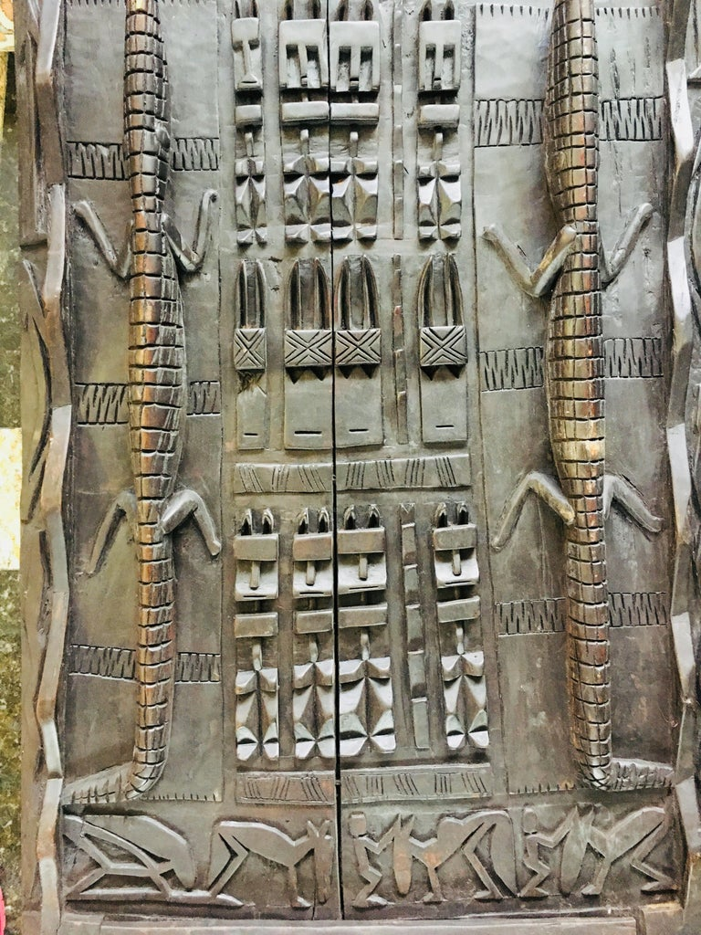 20th Century African Carved Wood Door with Crocodiles and Symbols For Sale 3