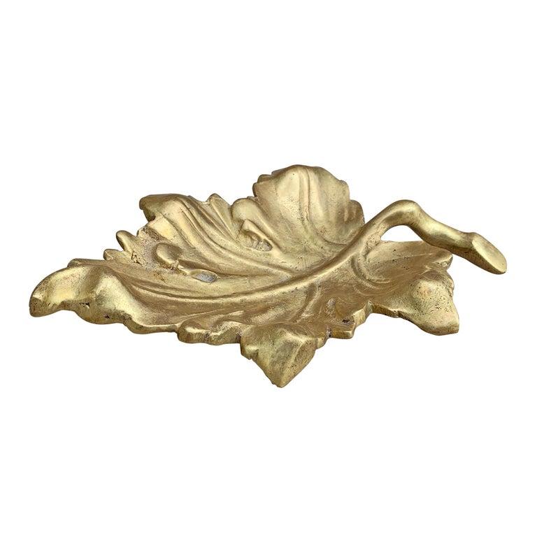 Mid-Century Modern 20th Century American Cast Bronze Leaf Dish For Sale