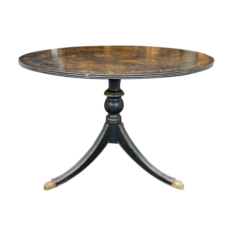 20th Century American Federal Style Painted Pedestal Table 1