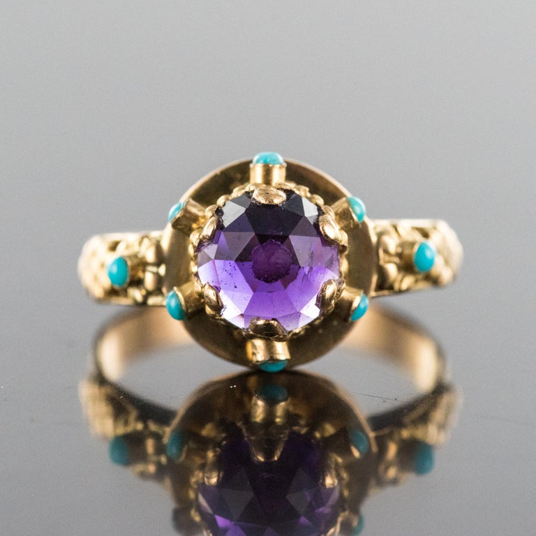 Belle Époque 20th Century Amethyst Turquoise 20 Karat Yellow Gold Ring For Sale