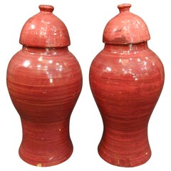 20th Century Anglo-Indian Raspberry Color Ceramic Couple of Vases with Lid