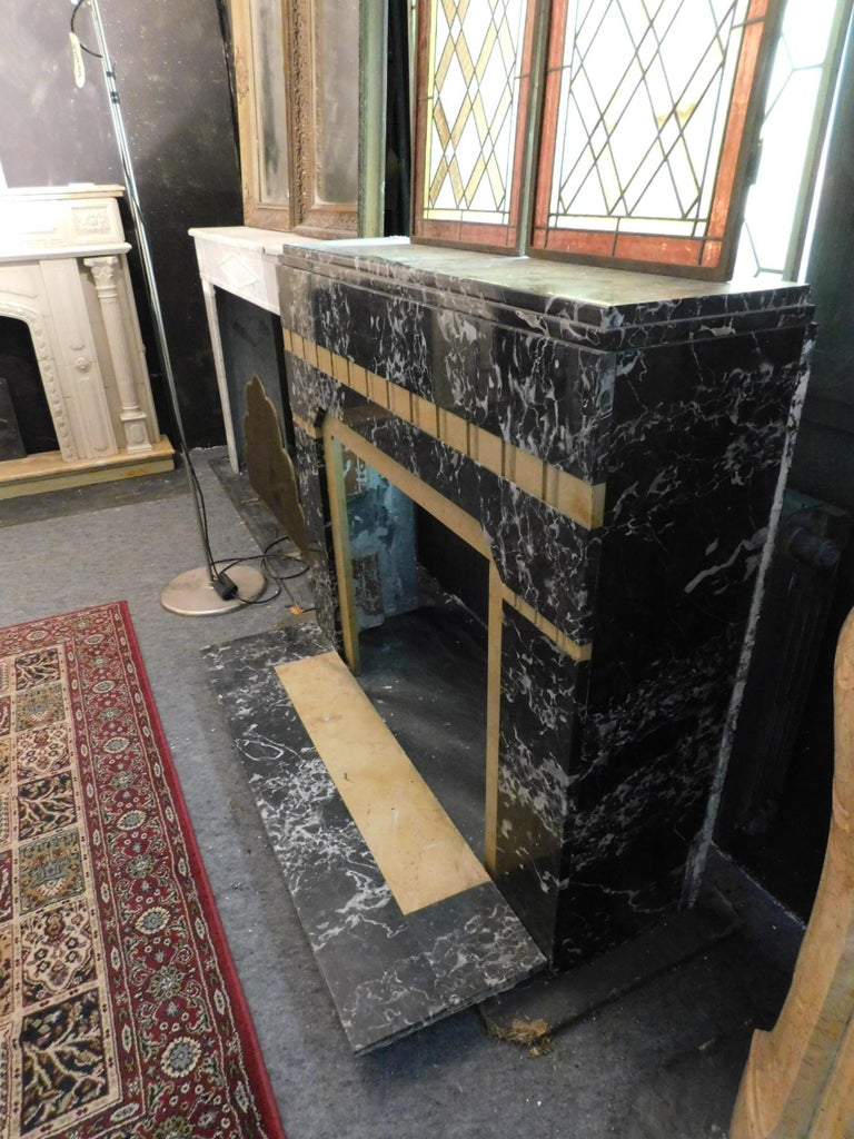 20th Century Antique Fireplace in Black Portoro Marble and Siena Yellow Art Deco For Sale 1