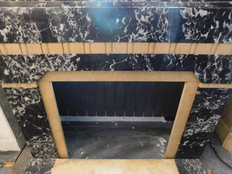 20th Century Antique Fireplace in Black Portoro Marble and Siena Yellow Art Deco For Sale 2