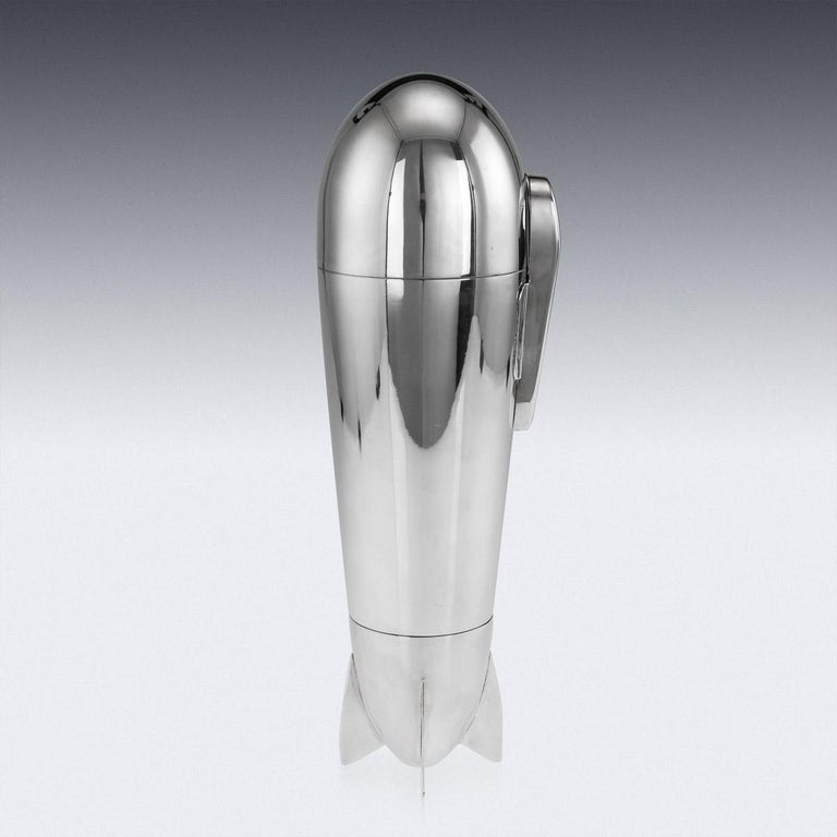 20th Century Art Deco Silver Plated Zeppelin Cocktail Shaker, c.1930 In Good Condition For Sale In Royal Tunbridge Wells, Kent