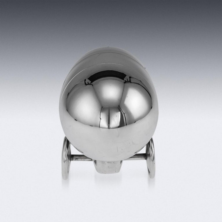 20th Century Art Deco Silver Plated Zeppelin Cocktail Shaker For Sale 1