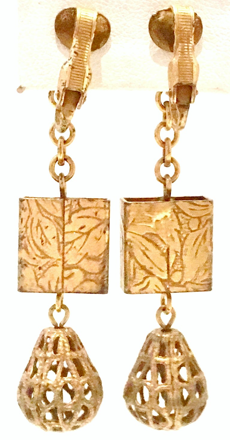 20th Century Art Nouveau Gold Book Chain Choker Style Necklace & Earrings S/3 For Sale 7