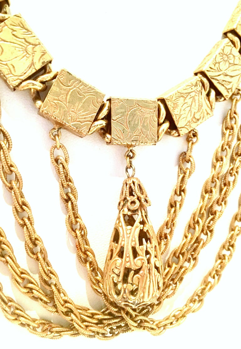 20th Century Art Nouveau Gold Book Chain Choker Style Necklace & Earrings S/3 In Good Condition For Sale In West Palm Beach, FL