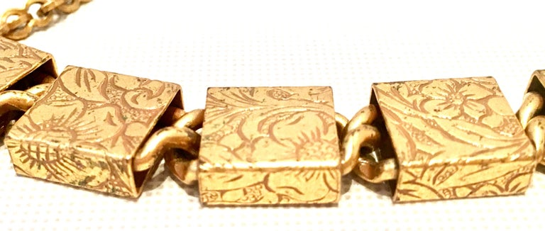 20th Century Art Nouveau Gold Book Chain Choker Style Necklace & Earrings S/3 For Sale 2