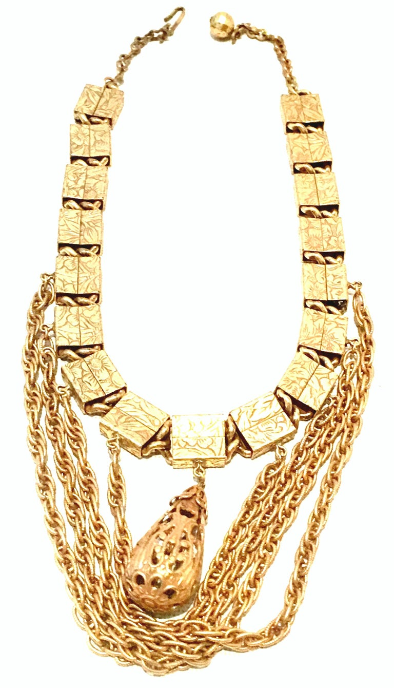 20th Century Art Nouveau Gold Book Chain Choker Style Necklace & Earrings S/3 For Sale 4