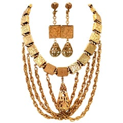 20th Century Art Nouveau Gold Book Chain Choker Style Necklace & Earrings S/3