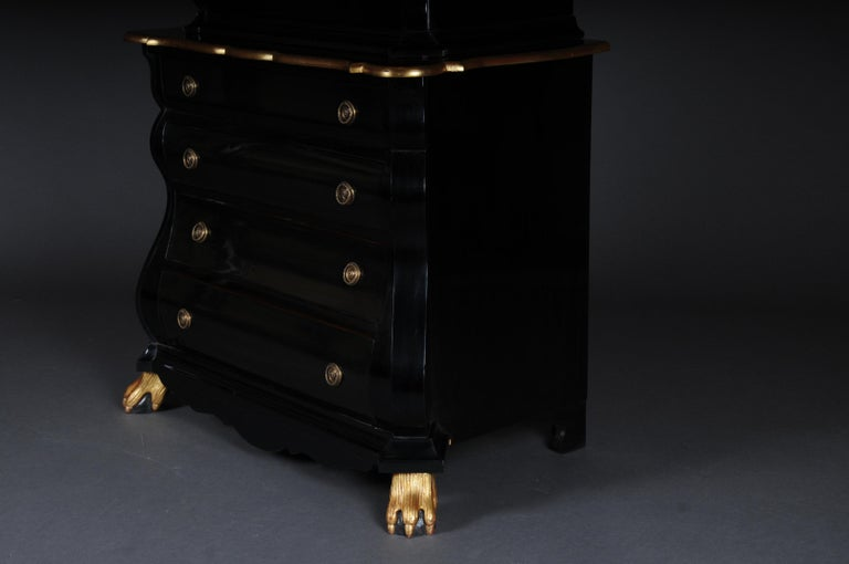 20th Century Baroque-Style Designer Display Cabinet, Black / Gold For Sale 6
