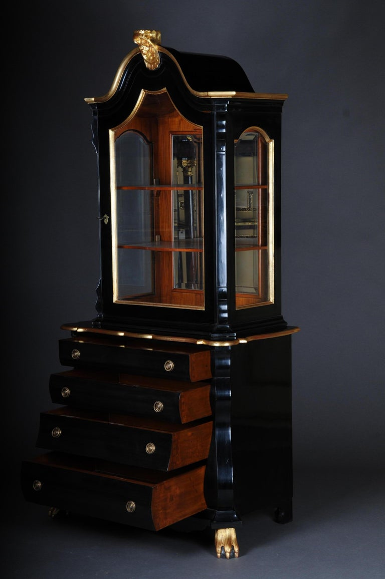 Dutch 20th Century Baroque-Style Designer Display Cabinet, Black / Gold For Sale