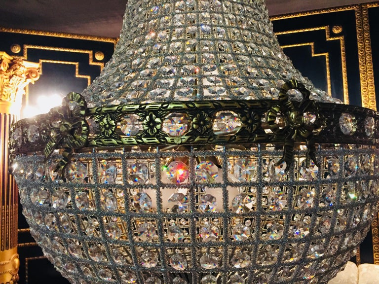 20th Century Biedermeier Style Basket Candelabra Crystal In Good Condition For Sale In Berlin, DE