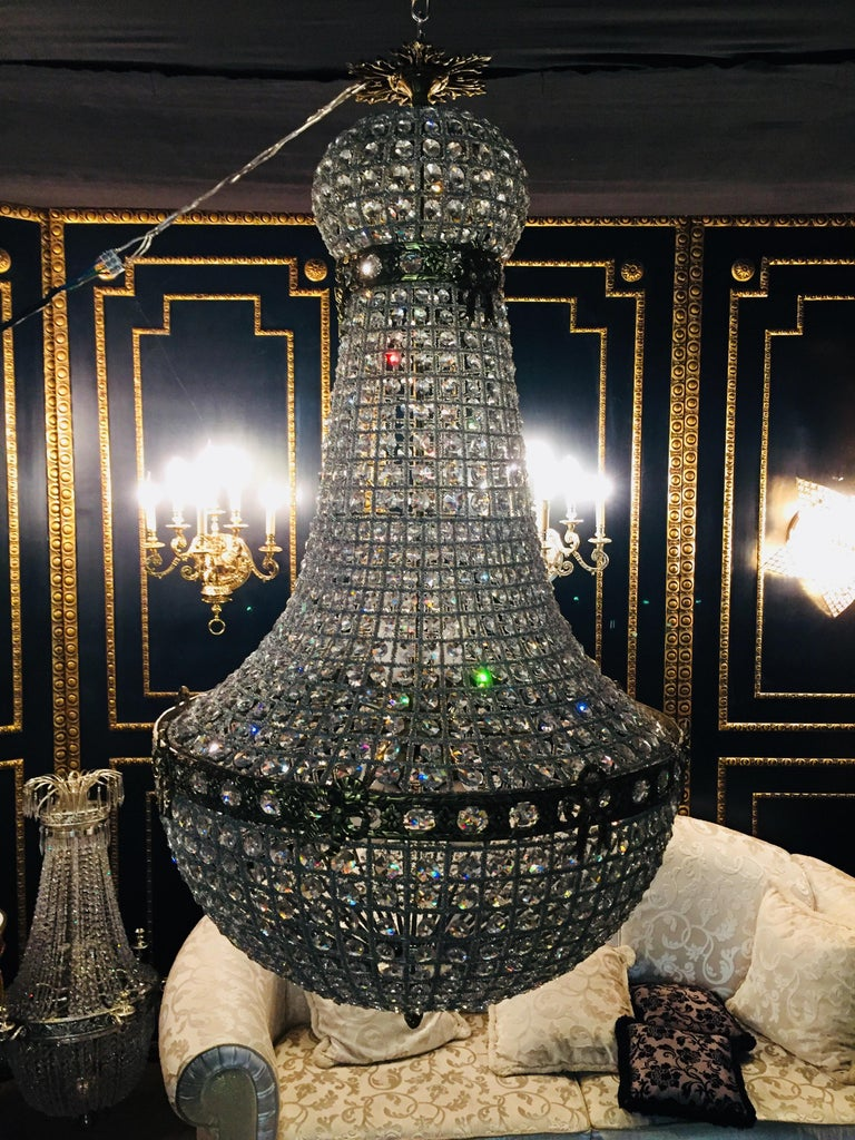 20th Century Biedermeier Style Basket Candelabra Crystal For Sale 1
