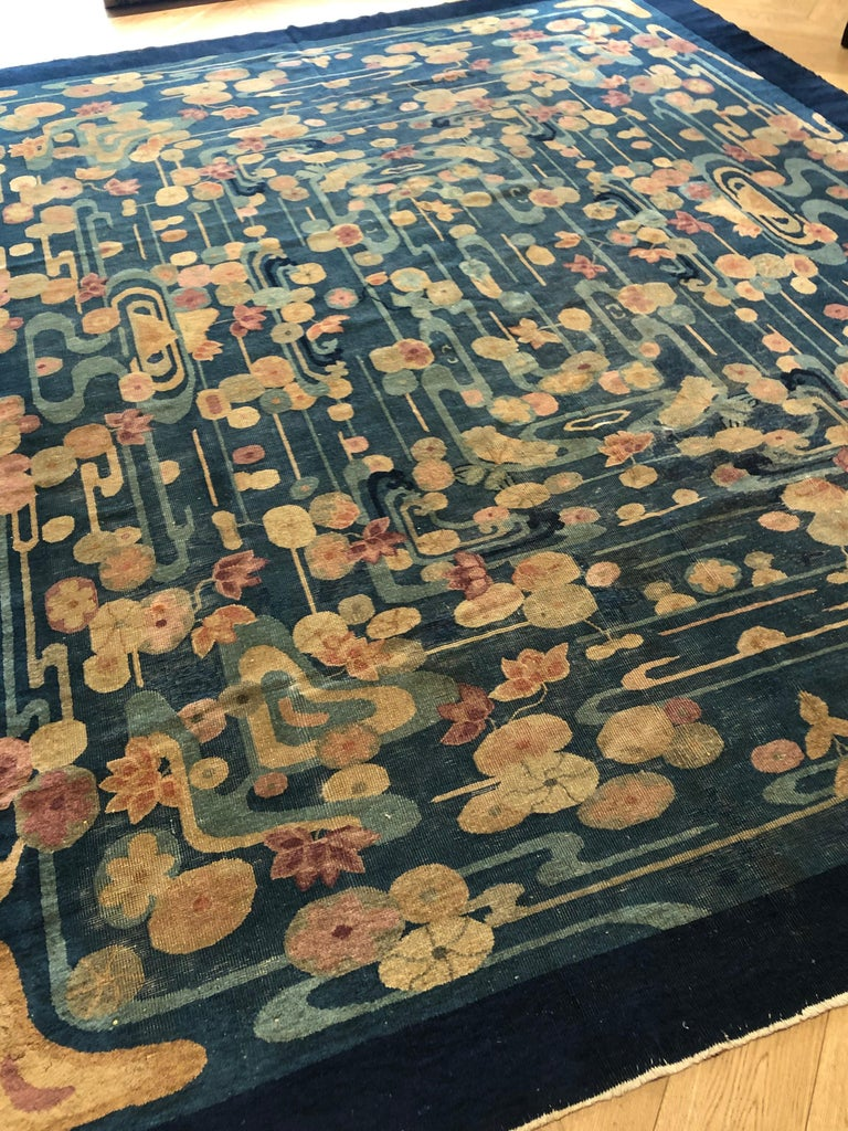 20th Century Blue and Yellow Wool Liberty Art Deco Chinese Rug, circa 1930 In Good Condition For Sale In Firenze, IT