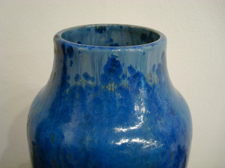 20th Century Blue French Pierrefonds Pottery Flower Vase, 1900s For Sale 6