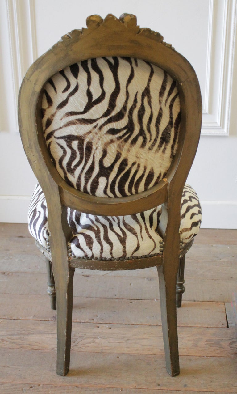 20th Century Carved Giltwood Zebra Upholstered Louis XVI Style Chairs For Sale 5