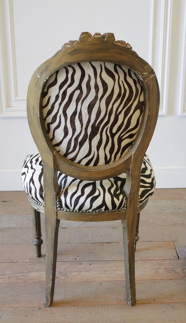 20th Century Carved Giltwood Zebra Upholstered Louis XVI Style Chairs For Sale 15