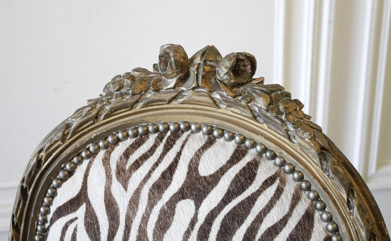 20th Century Carved Giltwood Zebra Upholstered Louis XVI Style Chairs In Good Condition For Sale In Brea, CA