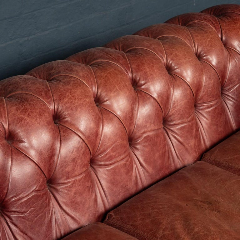 20th Century Chesterfield Leather Sofa With Button Down Seat For Sale 5