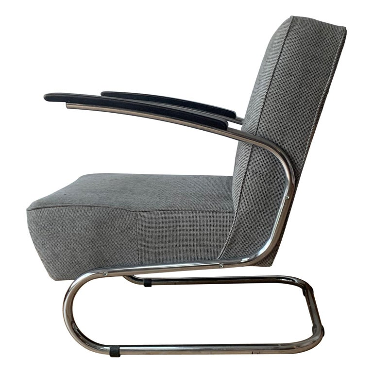 20th Century Chrome Tubular Steel Cantilever Armchair S 411 by Thonet, 1930's