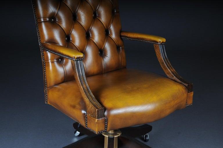 20th Century Classic English Armchair / Leather Armchair ...