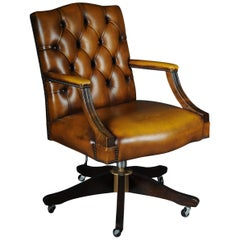 20th Century Classic English Armchair / Leather Armchair