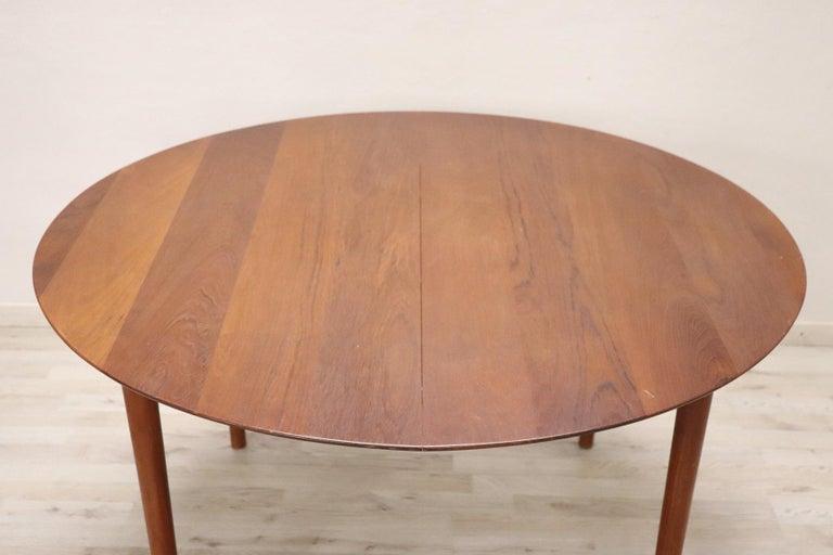 20th Century Design Dining Table by Peter Hvidt for Søborg in Teak, 1950s For Sale 2
