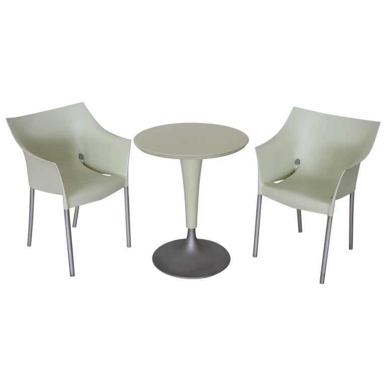 20th Century Design Table and Chairs by Philippe Starck for Kartell, 1990s For Sale