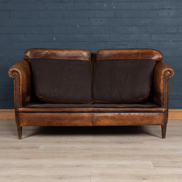 20th Century Dutch Two-Seat Sheepskin Leather Sofa, circa 1970 For Sale 2