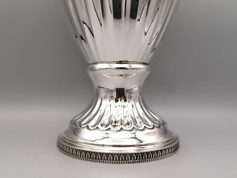 20th Century Empire Revival Italian Silver Vase In Excellent Condition For Sale In VALENZA, IT