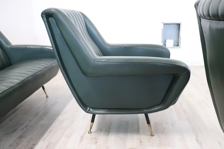 20th Century English Design Green Leather Living Room Set or Salon Suite, 1970s For Sale 6
