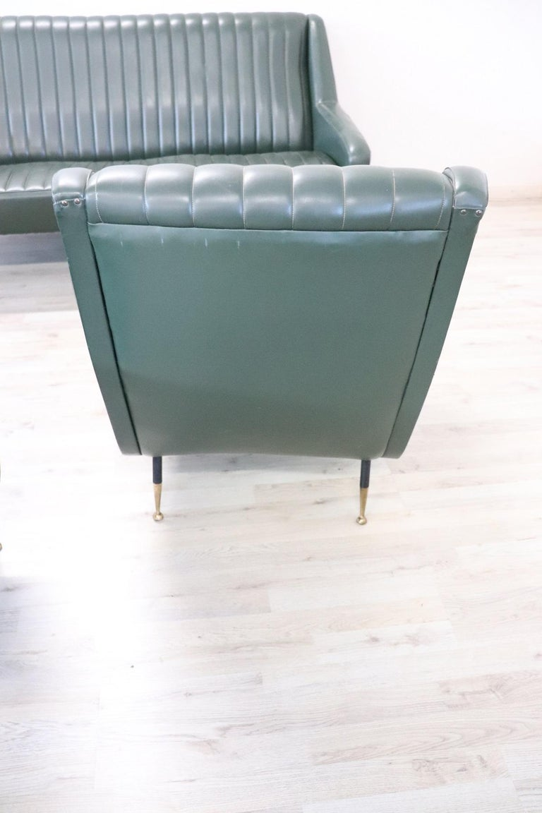 20th Century English Design Green Leather Living Room Set or Salon Suite, 1970s For Sale 8