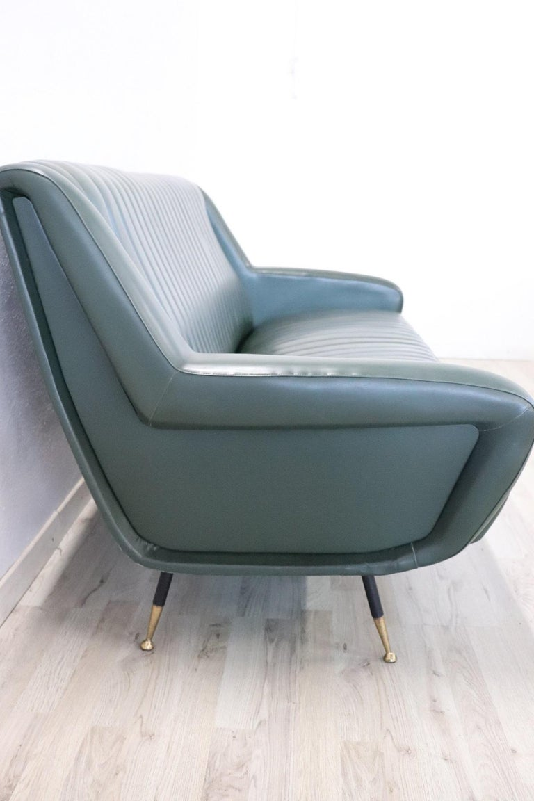 20th Century English Design Green Leather Living Room Set or Salon Suite, 1970s For Sale 11