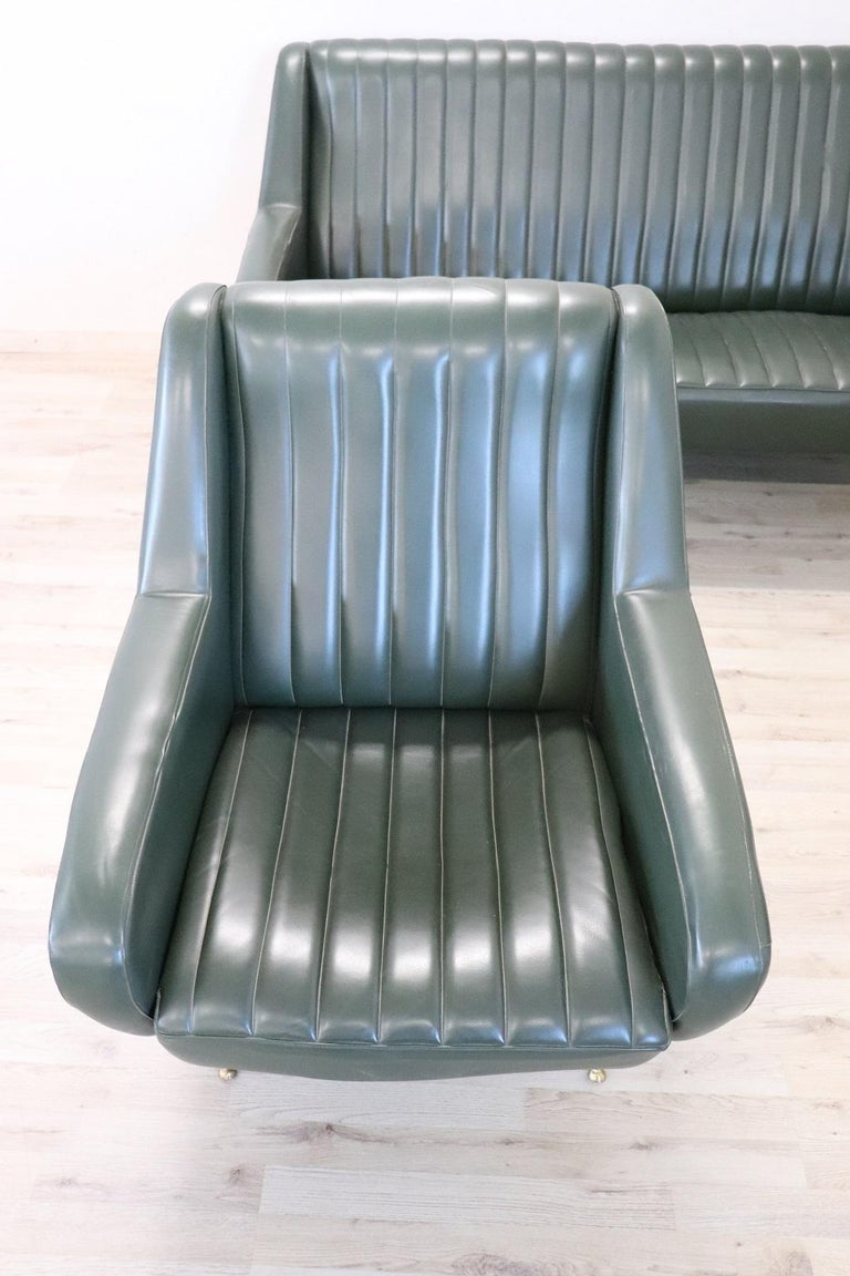 Late 20th Century 20th Century English Design Green Leather Living Room Set or Salon Suite, 1970s For Sale