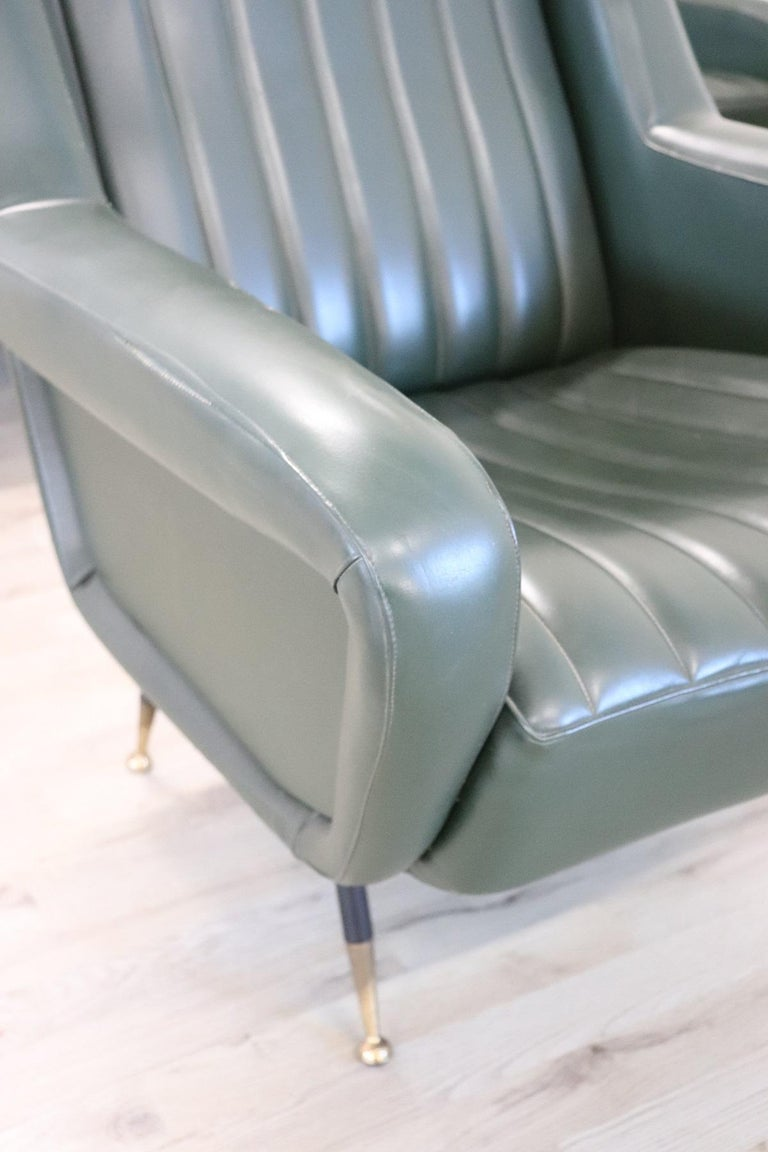 20th Century English Design Green Leather Living Room Set or Salon Suite, 1970s For Sale 1