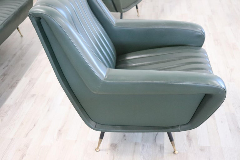 20th Century English Design Green Leather Living Room Set or Salon Suite, 1970s For Sale 2