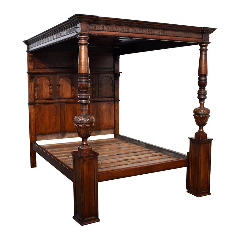 20th Century English Elizabethan Style Four Poster Bed For Sale