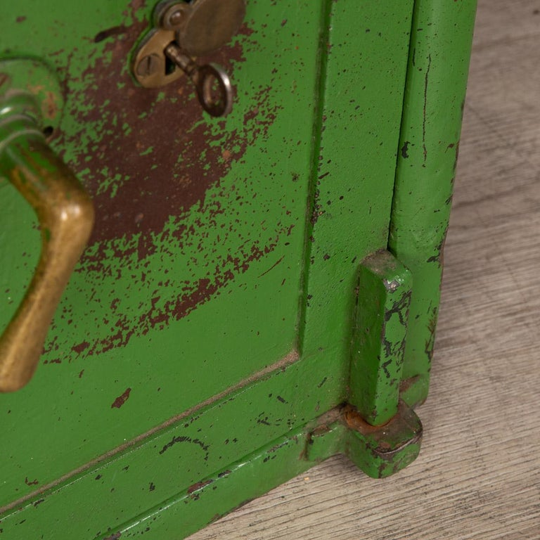 20th Century English Fire Proof Safe, circa 1930 For Sale 11