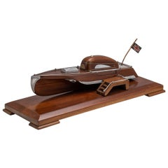 20th Century English Mahogany Speed Boat Shaped Cigarette Dispenser, circa 1920
