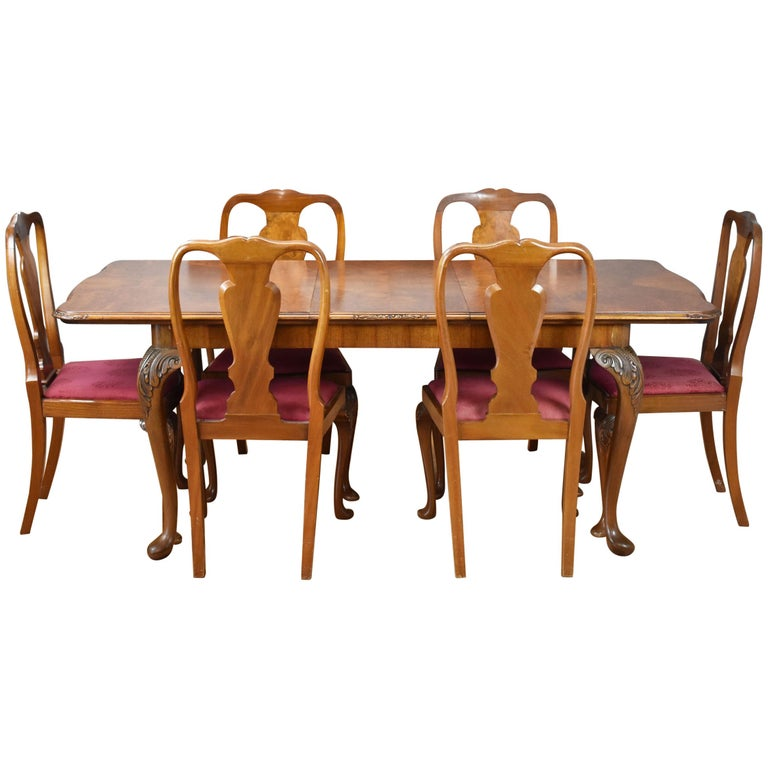 20th Century English Queen Anne Style Burr Walnut Dining Suite For Sale