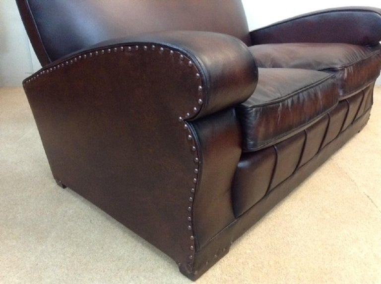 20th Century English Vintage Leather Couch For Sale 3