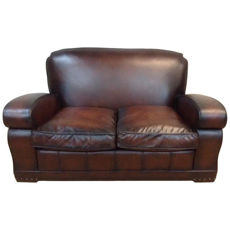 20th Century English Vintage Leather Couch For Sale