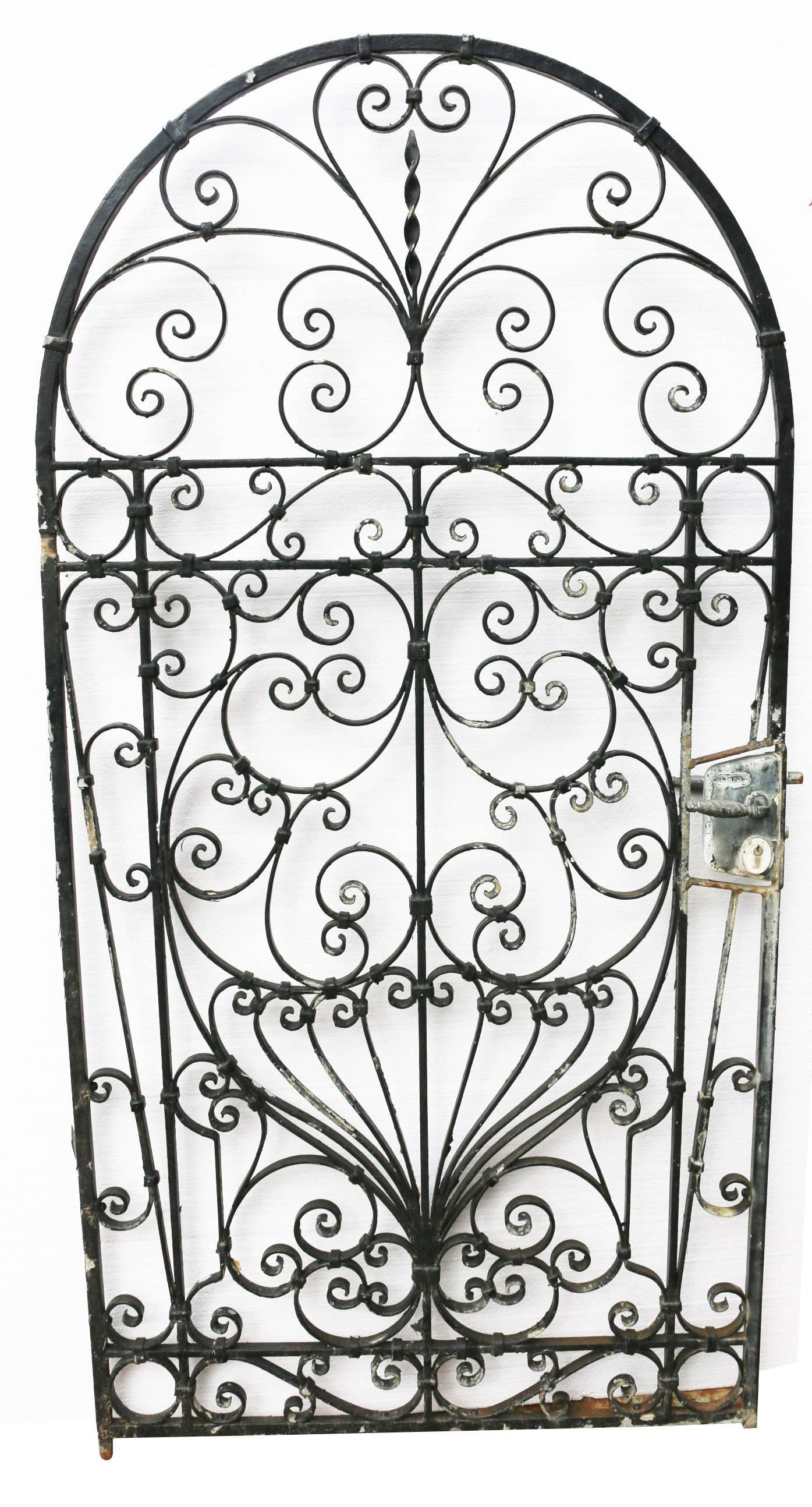 Victorian 20th Century English Wrought Iron Garden Gate For Sale