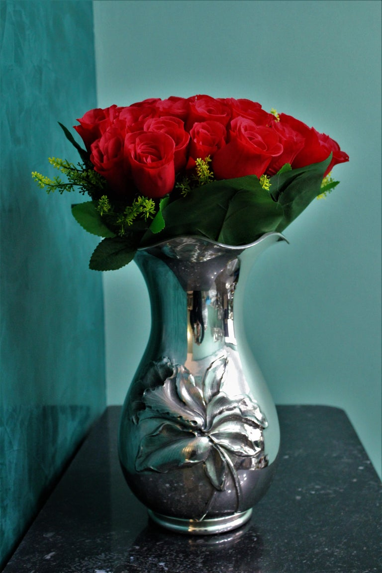 20th Century Engraved Italian Silver Flower Vase, 1950s For Sale 2