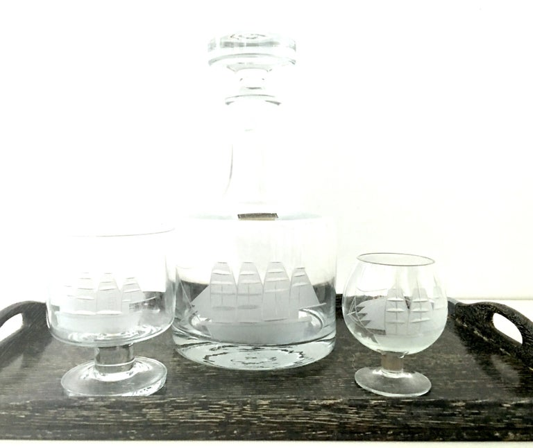 Romanian 20th Century Etched Blown Glass and Cerused Chrome Wood Tray Drinks Set of 12 For Sale